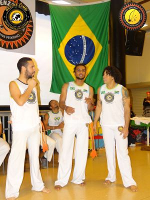 2013-12-14 - Capoeira 125
