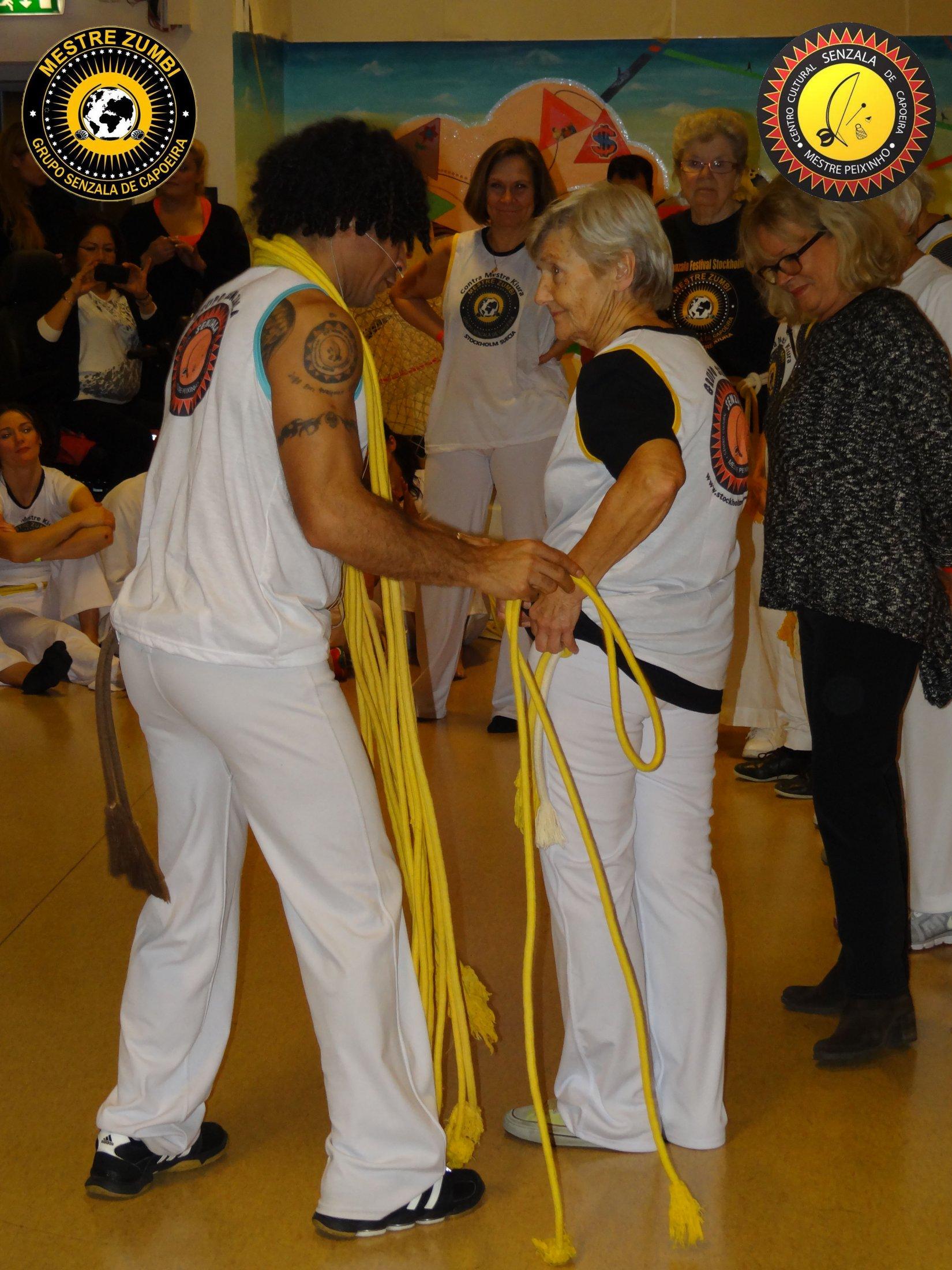 2013-12-14 - Capoeira 053